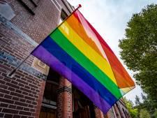 Epe gaat overstag na politieke rel: regenboogvlag volgend jaar in top