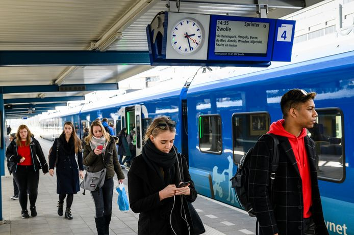 De treinverbinding tussen Zwolle en Enschede (en Münster) staat hoger op de landelijke bereikbaarheidsagenda. Een belangrijke winst voor Twente.