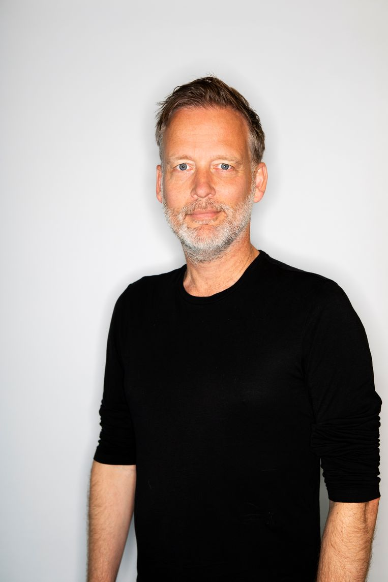 Erik Jan Harmens : 'Ik denk erover na of ik medicatie moet nemen voor mijn autisme.' Beeld Martijn Gijsbertsen