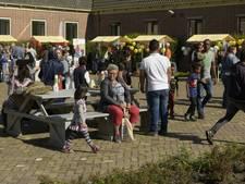 Open dag asielzoekerscentrum Gilze trekt 371 mensen