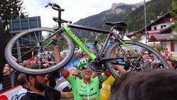 Pierre Rolland verrast Belgen in heuvelachtige Giro-rit, Devenyns sprint naar zesde plek
