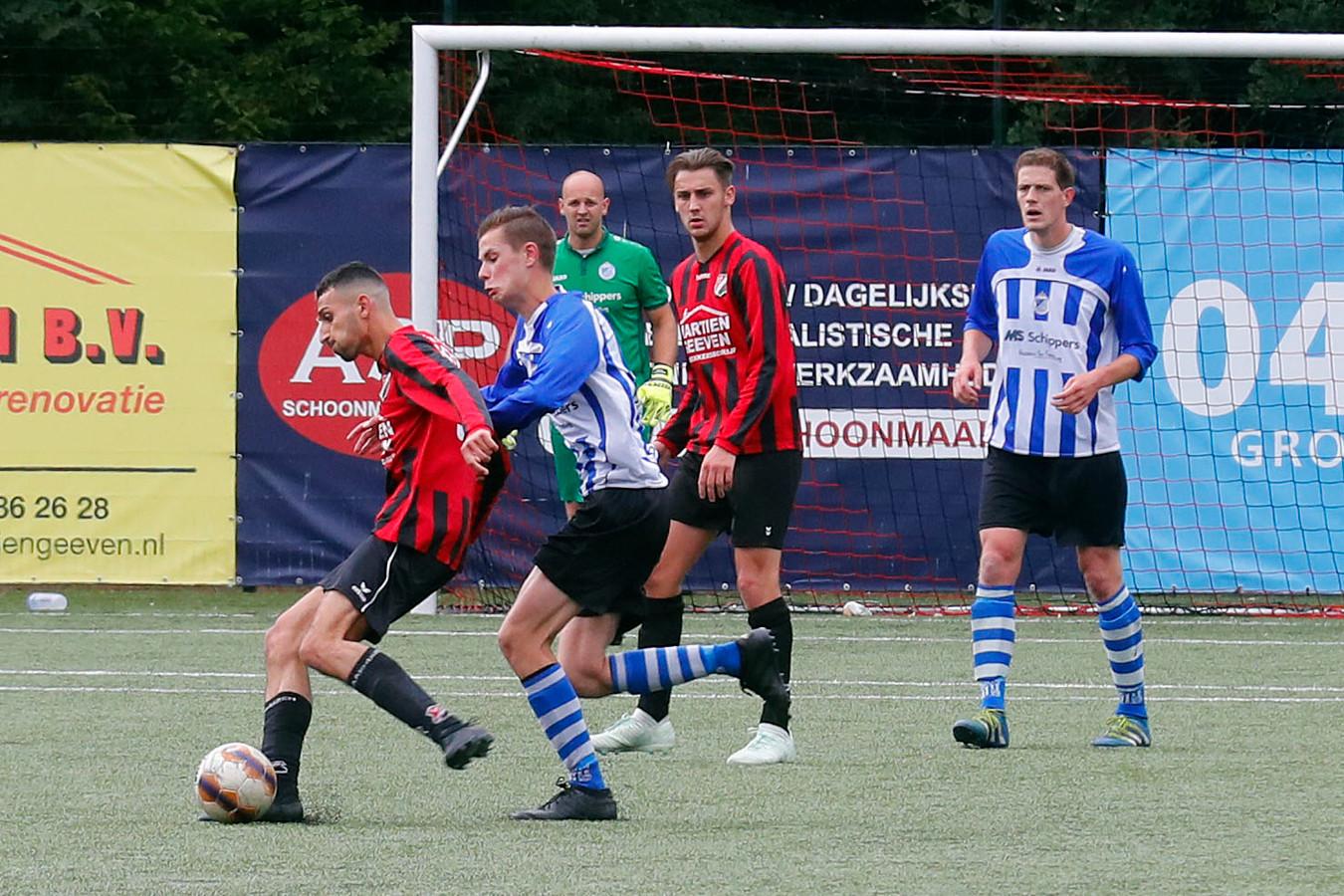Braakhuizen verloor zondag in de eerste finale voor promotie naar de tweede klasse met 0-2 van Bladella.