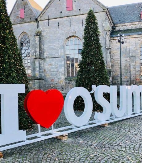 Kerstboodschap 'I love O'sum': 'Foeilelijk' of 'mooi dat het voor wat reuring zorgt'