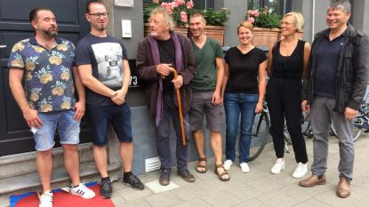 Gedenkplaat in Frederik Peltzerstraat eert verzetsstrijder