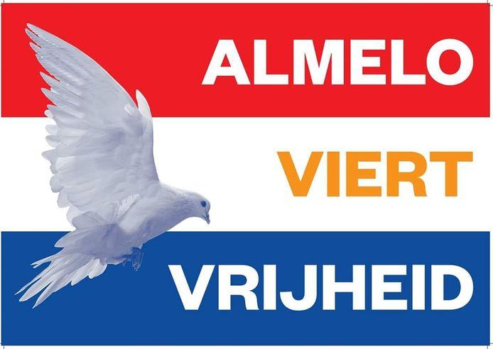De speciale bevrijdingsvlag van Almelo, waarmee wordt stilgestaan bij 75 jaar bevrijding.
