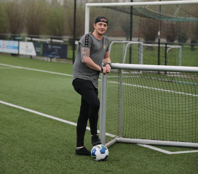 Mark Maasland moet stoppen met voetballen, maar zal SV Noordeloos nooit in de steek laten.