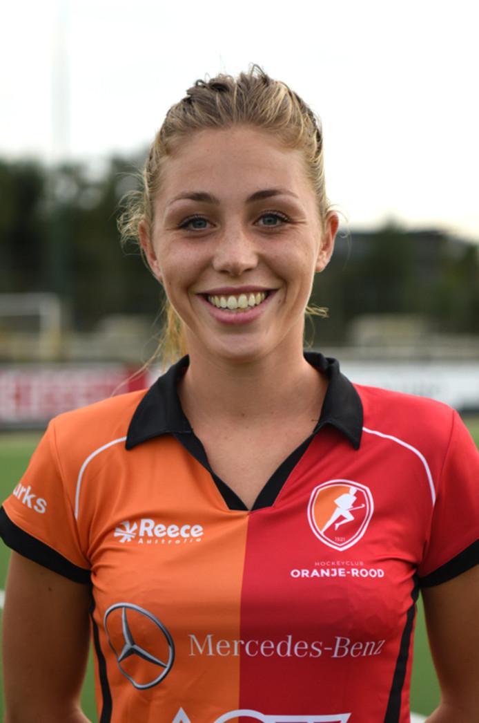 Laura Nunnink verzorgde zondag de openingstreffer van Oranje-Rood.