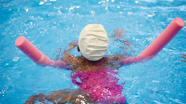 'Niet in elk Haags zwembad pasjessysteem'