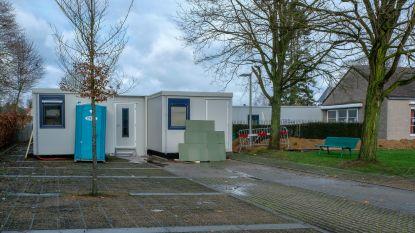 Acht bewoners Hof ten Doenberghe naar slaapcontainers door werken
