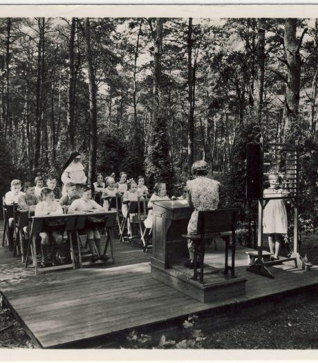 Koud in oktober? In 1920 kregen kinderen in Amersfoort gewoon les in de buitenlucht