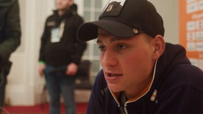 """Van der Poel verwijt zichzelf niets na ineenstorting in finale: """"Ik was ineens leeg"""""""
