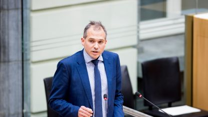 """N-VA wil ziekteverlofregeling voor parlementsleden aanpassen: """"Geen volledig loon meer"""""""