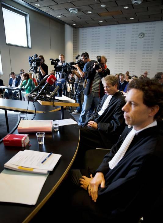 Advocaten Mark Krul (R) en Stijn Fransen