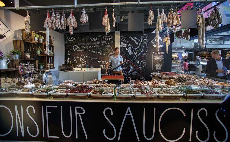 Worstkraam in de Rotterdamse Markthal. Beeld anp