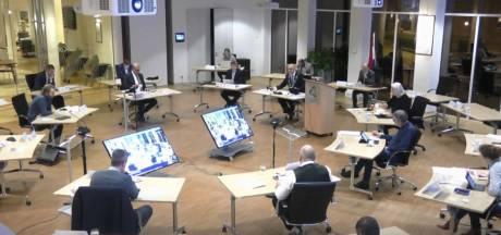 Gemeenteraad ziet af van vergaderingen in schoolgebouwen, alsnog volledig digitaal