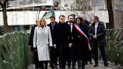 Parijs herdenkt slachtoffers aanslag Charlie Hebdo
