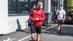 """Steven Defour, in KV-tenue, traint pas morgen mee bij Malinwa: """"Sowieso speciaal om hier terug te zijn"""""""