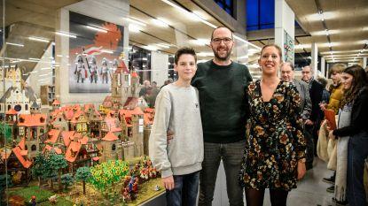 Grote maquette in Playmobil biedt zicht op folklore en middeleeuwse stad: deze details moet je zeker gezien hebben