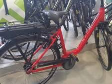 Nieuwe e-bike voor Armando die dinsdag voor derde keer van zijn fiets werd beroofd