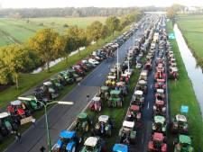 Boeren woedend om tractorverbod bij grote protestactie in De Bilt: 'We worden van achteren genaaid'
