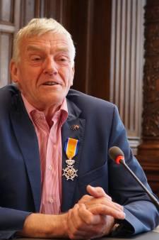 Oud-Ossenaar Wim van de Camp mag zich ridder noemen
