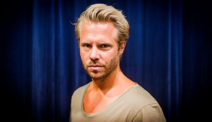 Acteur Thijs Römer voelt zich uit het veld geslagen door de uitspraken van Wiebes.
