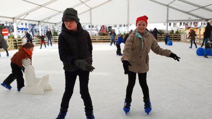 Schaatsen zonder flikkerende lichtjes en muziek: Wintersalon maakt baan even vrij voor kinderen met autisme