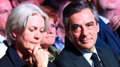 Franse ex-premier Fillon en echtgenote vervolgd voor corruptie