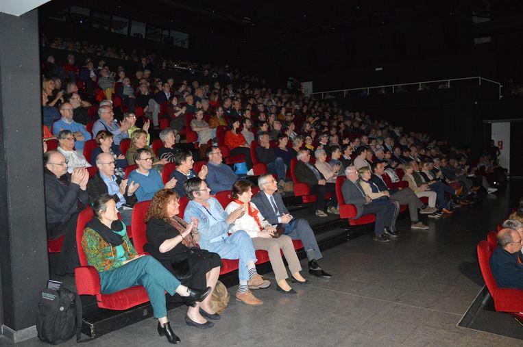 De zaal van cc De Plomblom zat eivol voor het hommageconcert aan Rufijn in mei.