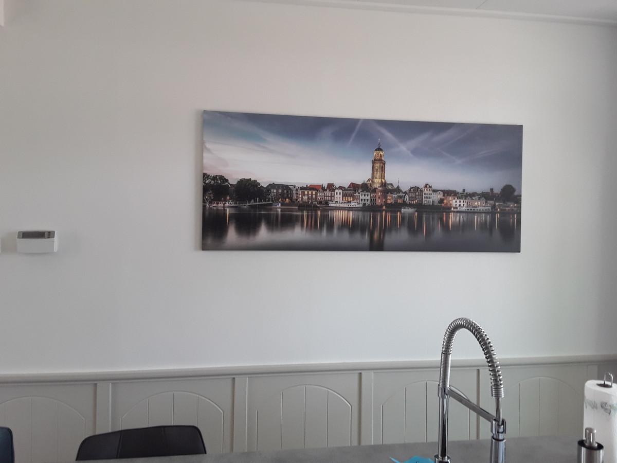Onze skyline van deventer aan de muur, kan Marjan Hurenkamp kort zijn over haar foto in huis