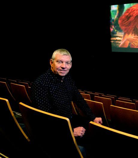 Ton (66) neemt na 50 jaar afscheid van 'zijn' bioscoop: 'Ik vond die horrorfilms zelf altijd verschrikkelijk'