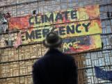 Greenpeace-activisten beklimmen EU-hoofdkantoor
