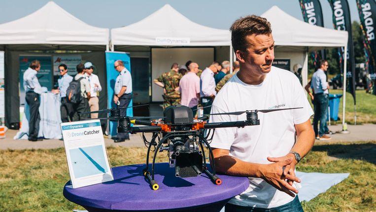 Delft Dynamics tijdens de Drones Innovatie Dag op Twente Airport in Hengelo. Beeld Marcel Wogram