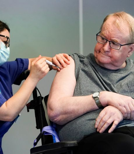 LIVE | Rusland: Nieuw vaccin 100 procent effectief, Merkel wil langere lockdown
