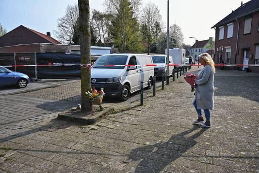Bloemen voor de man die omkwam in Breda.