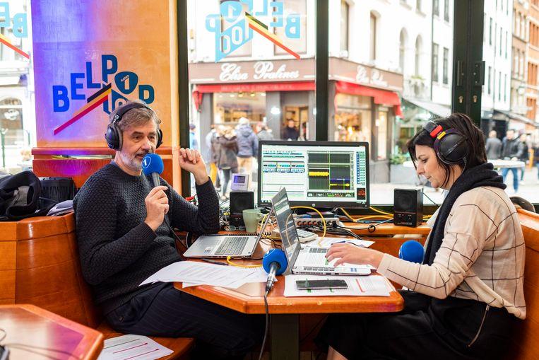 Evert Venema en Ilse Liebens in de radiostudio Frituur Radio 1.