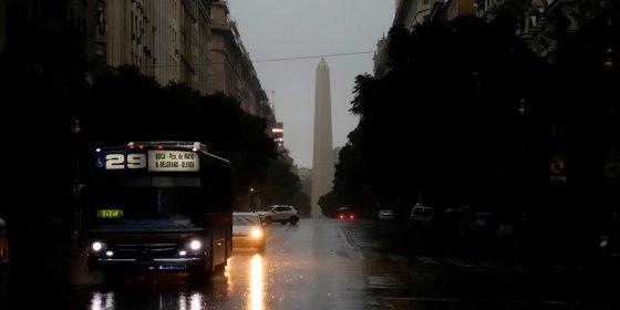 'Als panne niet snel opgelost wordt, breekt chaos uit': 50 miljoen mensen zonder elektriciteit in Zuid-Amerika