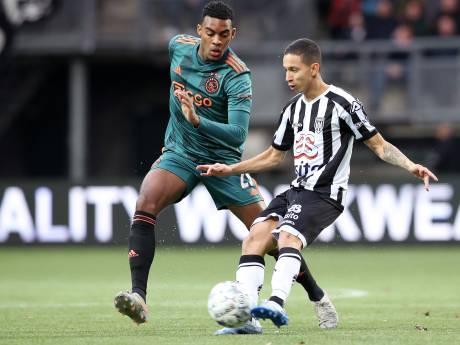 Ajax krijgt bij Heracles opnieuw een enorme dreun