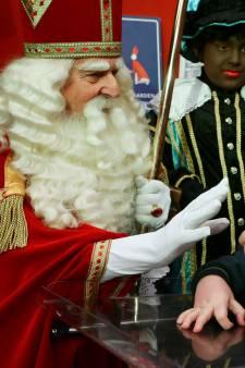 Gorcumse Sint schudt ruim vijfduizend handen in zijn nieuwe huis aan de Gasthuisstraat