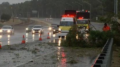 """""""Storm van het decennium"""" komt aan land in Australië"""