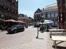 Auto mag 's avonds centrum Doesburg weer in: ondernemers blij