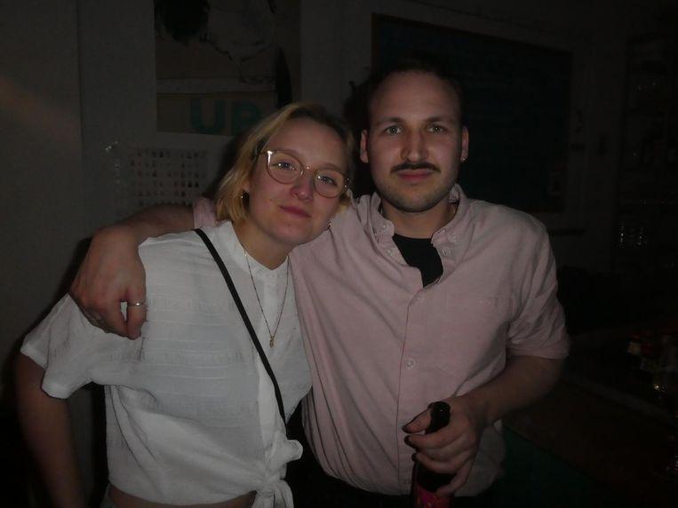 Schrijver Angela (liever geen achternaam) en freelancer Derek Taal hebben kaartjes gewonnen. Taal: