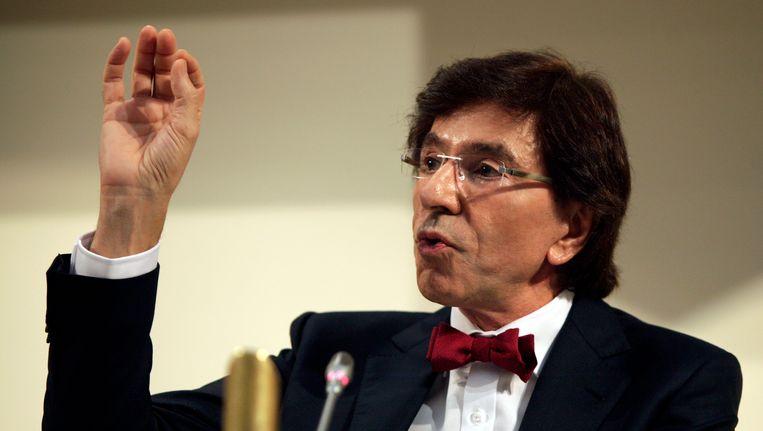 Elio Di Rupo tijdens een persbijeenkomst, 27 november. Beeld ap