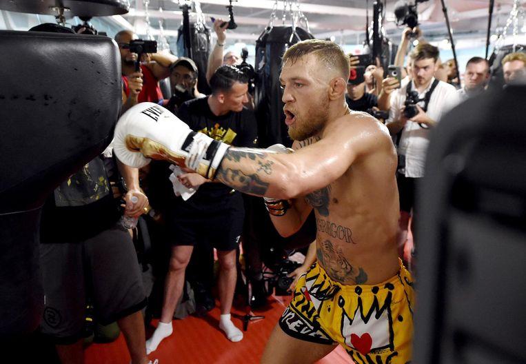 Conor McGregor (op de foto) zal het opnemen tegen Floyd Mayweather Beeld anp