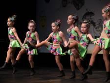 Dansgardes strijden om eremetaal bij DRU Cultuurfabriek in Ulft