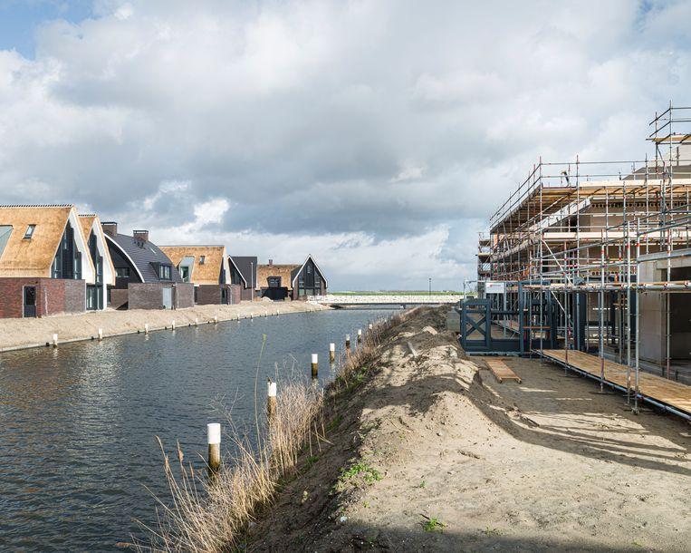 Nieuwbouw in de wijk Blaricummermeent. Beeld Hollandse Hoogte / Goos van der Veen