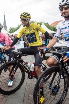 Carapaz mist Vuelta door val: 'Hij reed daar zonder toestemming ploeg'