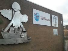 Zicht op nieuwbouw twee basisscholen in Terneuzen, die van Lodewijk College vertraagd