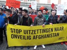 Protestmars door Utrecht tegen uitzetting van Afghaanse vluchtelingen