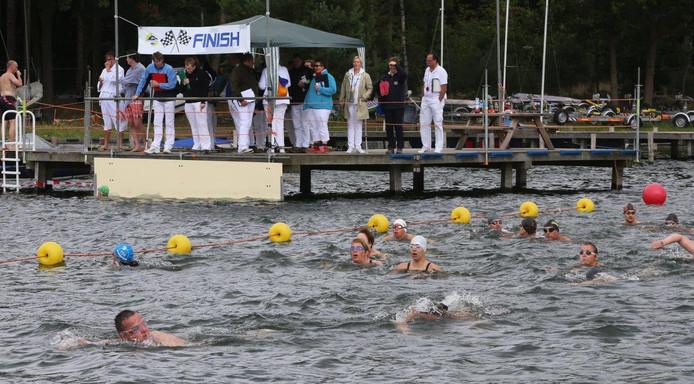 De IJzeren Man zwemrace en zwemloop vindt fit jaar plaats op zondag 1 september.